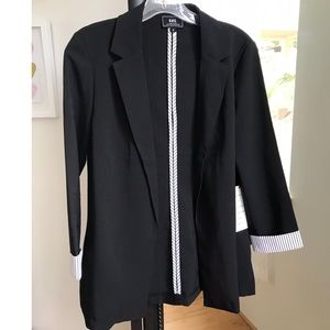 HAVE Blazer With Stripe Accents